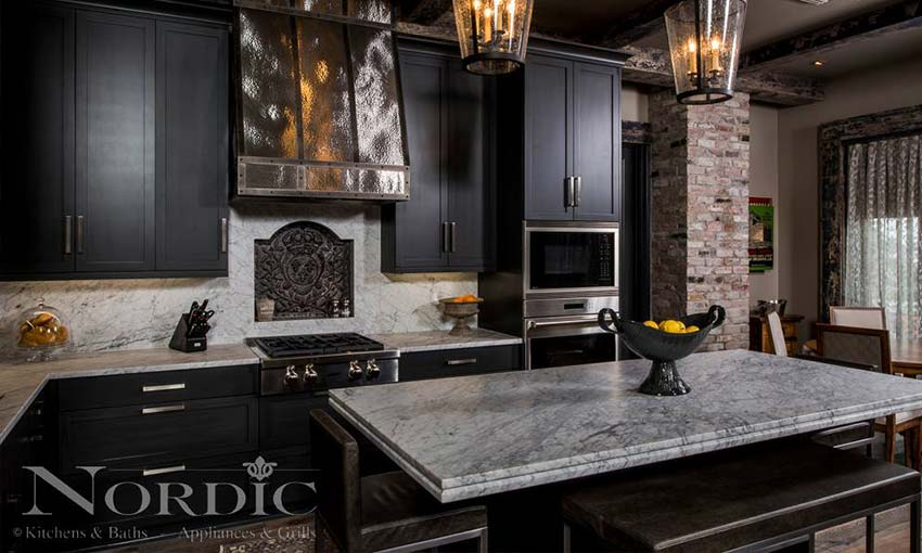 nordic-appliances-in-new-orleans-kitchen